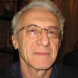 Author-Valentin Gefter