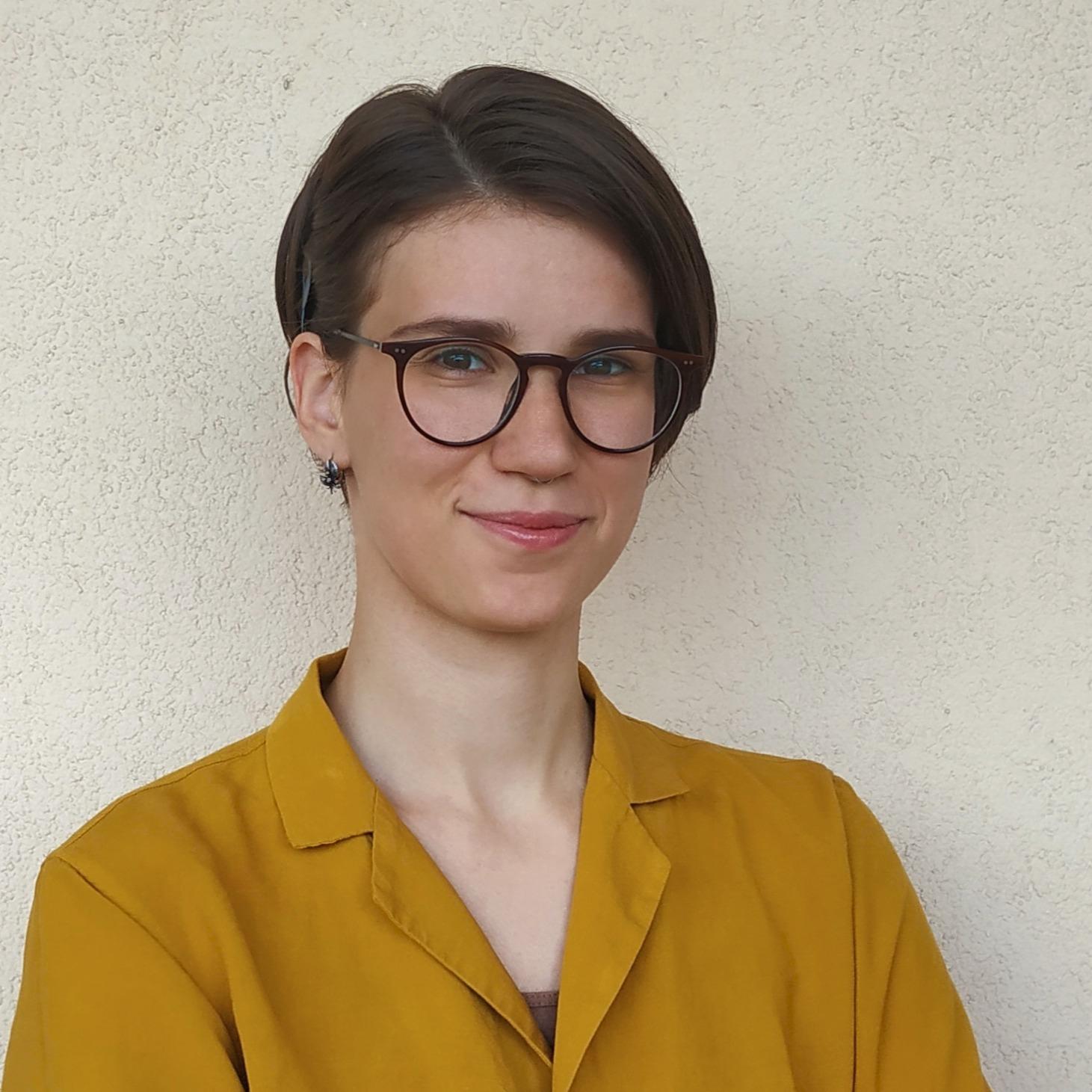 Yana Stepaniuk CV Photo_cropped